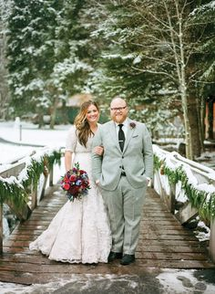 Utah has the greatest snow on Earth, now let's see some of those snowy weddings.
