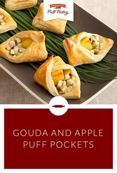 Pepperidge Farm Puff Pastry Gouda and Apple Puff Pockets Recipe. Like little envelopes perfect for an award show party, these pockets make for a sweet and savory appetizer. Tart Granny Smith apples a (Savory Apple Recipes) Yummy Appetizers, Yummy Snacks, Appetizer Recipes, Yummy Food, Gouda Recipe, Pepperidge Farm Puff Pastry, Vegetarian Recipes, Cooking Recipes, Apples And Cheese