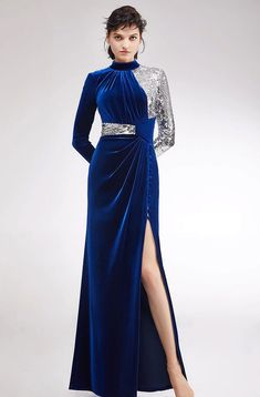 W200796 - Vestido Elegante Azul/Prata Cermiônia, Casamentos, Festas, Jantares - Material: Veludo Azul Escuro, Lanon Lantejoulas  Vestido todo Forrado  Cutomizado: Sim    Tamanho Regular De 6-8-10-12-14; tamanho 14 não aceitar a troca ou devolução, se você precisar de mais tamanho, por favor entre em contato com o serviço @westfrontpt Fall Dresses, Simple Dresses, Night Gown Dress, Dress Design Sketches, Ceremony Dresses, Embroidery Fashion, Contemporary Fashion, Formal Gowns, Dress Patterns
