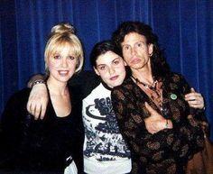 Steven Tyler With Mia Tyler and Cyrinda Foxe Mia Tyler, Elevator Music, Steven Tyler Aerosmith, Old Rock, Joe Perry, Wife And Girlfriend, Bad Boys, Rock N Roll, Girlfriends