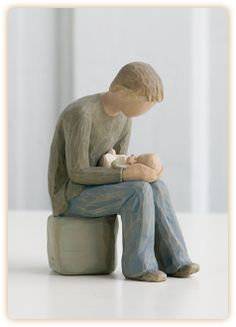 Willow Tree ® sculptures, angels and figurines from are designed by Susan Lordi to represent the qualities and sentiments that make us feel close to others. Willow Tree ® products make wonderful gifts. First Fathers Day Gifts, New Fathers, Gifts For New Dads, New Baby Gifts, Dad Gifts, Willow Tree Nativity, Willow Tree Angels, Willow Tree Familie, Willow Tree Figuren