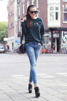 Dark Green Sweater and Skinny Jeans Style Scrapbook, Sweaters And Jeans, Star Fashion, Women's Fashion, Jeans Style, Autumn Winter Fashion, Cool Outfits, Winter Outfits, Street Style