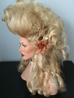 Big, Drag Queen Wig, hair ornament, highlighted, Golden Blonde