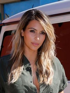 Kim Kardashian39s Gorgeous Blonde Hair Amp Tan Skin How To Kim Kardashian Blonde Hair Color Kim Kardashian Blonde Hair Color 2015 2016
