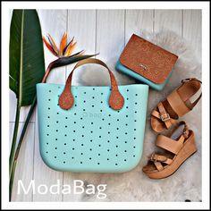 Bago, Designer Bags, Hobo Bag, Leather Shoes, Fashion Shoes, Marvel, Handbags, Purses, Oclock