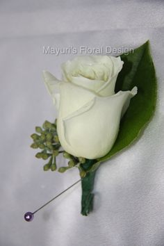 31 Great Boutonnieres By Mayuri Images Boutonnieres Father Of The