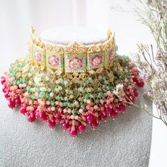 Indian Bridal Jewelry Sets, Indian Jewelry Earrings, Fancy Jewellery, Antique Jewellery Designs, Jewelry Design Earrings, Wedding Jewelry Sets, Bridal Jewellery, Accessories Jewellery, Beaded Necklaces