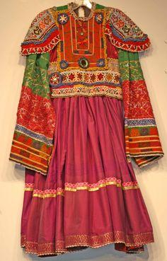 Afghan Kuchi Dress - Origins of Santa Fe  Afghan Images Social Net Work:  سی افغانستان: شبکه اجتماعی تصویر افغانستان http://seeafghanistan.com