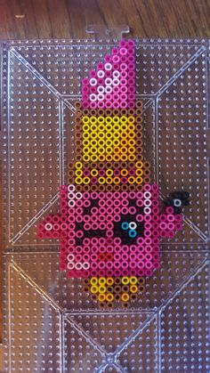 Lippy Lips Shopkin Perler Beads Perler Bead Templates, Pearler Bead Patterns, Perler Patterns, Hama Beads, Fuse Beads, Art For Kids, Crafts For Kids, Rainy Day Crafts, Melting Beads