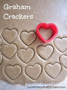 Healthy Snacks Graham Crackers- So easy and fun to make! You can cut it with any shape you'd like or cut it into graham cracker shapes. These cute heart shaped ones would be a perfect snack for Valentine's day! This would be great with chocolate fondue. Yummy Treats, Delicious Desserts, Sweet Treats, Yummy Food, Baby Food Recipes, Snack Recipes, Cooking Recipes, Snacks Ideas, Kid Recipes