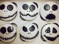 Faces of Jack Skellington Cupcakes