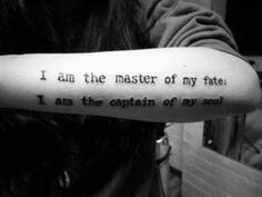 tatouage-quotes-Je suis le maître de mon destin je suis le capitaine de mon âme