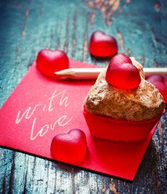 Pastry Shop, Panna Cotta, Valentines Day, Love, Ethnic Recipes, Sweet, Desserts, Photography, Dessert