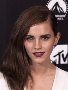 Photo Emma Watson, Emma Watson Hot, Emma Watson Beautiful, Most Beautiful Faces, Beautiful Celebrities, Beautiful Actresses, Beautiful Ladies, Stunning Women, Beautiful Eyes