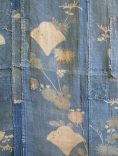 The charm of boro is not only the indigo shades and shabby street chic. Sewn together over generations, family sagas are woven through the threads. Shibori, Japanese Textiles, Japanese Art, Japanese Fabric, Textile Fabrics, Textile Art, Textile Design, Textures Patterns, Print Patterns