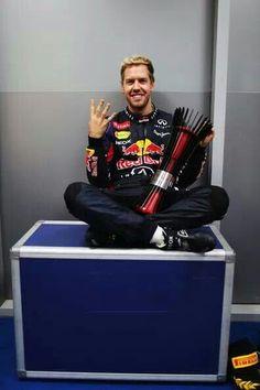 Sebastian Vettel wins the Indian Grand Prix to clinch his 4th. world title @ the 2013 Formula 1 AIRTEL Indian Grand Prix