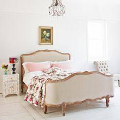 The Antoinette Kingsize Bed- Graham and Green.