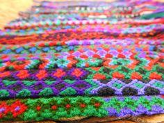 Handmade Mexican friendship bracelet / Traditional Mexican hand woven adjustable anklet or bracelet Main Colors, Colours, I Love Mexico, Nativity Crafts, Weaving Textiles, Anklet, Bracelet Set, Friendship Bracelets, Hand Weaving