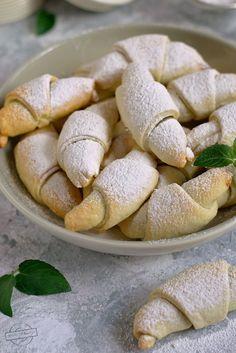 Rogaliki z 3 składników – Smaki na talerzu Bread, Food, Brot, Essen, Baking, Meals, Breads, Buns, Yemek