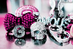 i want that skull ring Bling Bling, Jewelry Accessories, Fashion Accessories, Tumblr, Love Ring, Favim, Diamond Are A Girls Best Friend, Girly Things, Girly Stuff