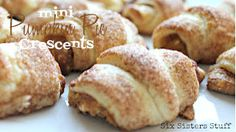 Mini Pumpkin Pie Crescents! The perfect way to bring in the fall with sixsistersstuff.com #dessert #pumpkin #recipe