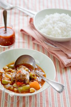 Rabo Encendido Recipe (Spicy Oxtail Stew):