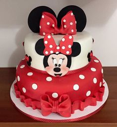 Mini Mouse Birthday Cake, Mini Mouse Cake, Minnie Mouse Birthday Decorations, Baby Birthday Cakes, Minnie Birthday, Bolo Da Minnie Mouse, Mickey Mouse Clubhouse Cake, Minnie Cake, Cake Surimi
