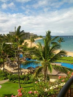 Unfiltered shot of the Sheraton maui from the hotel room... amazing