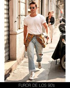 FASHION WORK : ¡10 TENDENCIAS HOMBRE OTOÑO -INVIERNO 2020! Blazers, Fashion Men, Khaki Pants, Jumpsuit, Hipster, Denim, Baggy Shirts, Jackets, Formal Suits