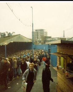 """Refreshments in the shed What would today's corporate brigade make of it"" Football Casuals, Sport Football, Football Fans, Soccer, Chelsea Fc Team, Chelsea Football, Nostalgic Pictures, Stamford Bridge, Football Stadiums"