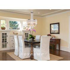Suspendu au fini chrome avec abat-jour texturé blanc cassé et cristaux clair, idéal pour la salle à manger, l'ilot,la chambre, l'entrée ou l'escalier.