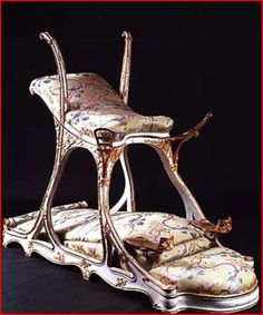 Chaise d'Amour (Sex chair) commissioned by Edward, Prince of Wales, later King Edward VII for a Parisian brothel he frequented. Dungeon Furniture, Famous Historical Figures, King Edward Vii, Love Chair, Interesting History, Creepy, Old Things, Inspiration, Antique Furniture