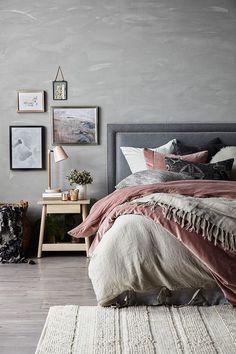 American Home Interior 20 Soft And Calmness Interior Trends For Autumn Season Cozy Bedroom, Home Decor Bedroom, Bedroom Furniture, Modern Bedroom, Bedroom Ideas, Master Bedroom, Suites, Interior Design Living Room, Interior Colors