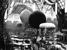 Exposition universelle de Paris - 1909 - Grand Palais. This beautiful photo is on Luc Eduard's Flickr page