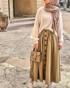 Beige - Skirt Source by nurlaksmi outfits hijab Casual Hijab Outfit, Modest Fashion Hijab, Modern Hijab Fashion, Street Hijab Fashion, Hijab Fashion Inspiration, Muslim Fashion, Mode Inspiration, Skirt Fashion, Casual Outfits