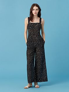 Cut in lightweight printed cotton, this relaxed jumpsuit is perfect for beach days and balmy evenings.