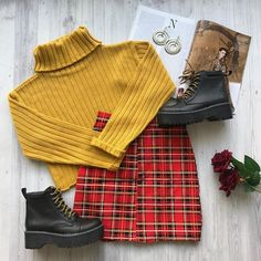 Un buen Sweather va con todo. Teen Fashion Outfits, Look Fashion, Trendy Outfits, Korean Fashion, Fall Outfits, Cute Outfits, Mode Grunge, Tumblr Outfits, Teenager Outfits