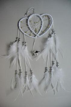 White feather dream catcher room decoration handmade heart shape,shop at www.costwe.com