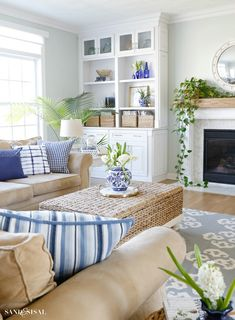 Blue and White Spring Living Room Tour - Sand and Sisal This Blue and White Spring Living Room Tour will show you how to incorporate this classic color scheme and decor elements in a fresh, relaxed and updated way for spring. Home Living Room, Living Room Furniture, Living Room Designs, Living Room Decor, Modern Furniture, Furniture Storage, Living Room Shelving, Living Room Ideas, Blue Room Decor