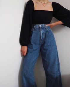May 2020 - Grandpa jeanstheyre somewhere between mom jeans and a baggy fit and were fully obsessed. Tap our link to get in on the potent denim - Mom Jeans - Ideas of Mom Jeans Look Fashion, Teen Fashion, Korean Fashion, Fashion Outfits, French Fashion, Modest Fashion, Retro Fashion, Spring Fashion, Cute Casual Outfits