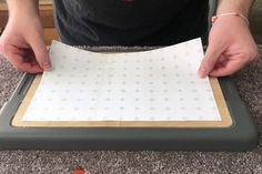 Dust Free Sanding Using a Storage Container : 15 Steps (with Pictures) - Instructables Easy Woodworking Projects, Woodworking Jigs, Carpentry, Diy Projects, Diy Sanding, Diy Storage Containers, Painters Tape, Diy Arts And Crafts, Vacuum Forming