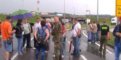 Grupa demobilisanih boraca s područja Zeničko-dobojskog kantona (ZDK) oko 12.30 sati blokirala je saobraćaj na magistralnom putu M-17 u naseljenom mje...