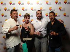 Degustación de Vinos por @Vinos_ALICANTE denominación de origen con Cristina y José Luis de Asociación de Campos de Golf de la Costa Blanca y Putt and Green.