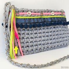 Tutorial de un bolso de trapillo con un toque especial