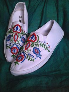 boots...folk embroidery Folk Embroidery, Boots, Sneakers, Fashion, Tennis Sneakers, Sneaker, Fashion Styles, Shoe Boot, Women's Sneakers