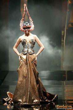 "Tex Saverio 2010 Jakarta, Rejuvenate Fashion Show ""My Courtesan"". Photo KapanLagi.com courtesy of Tex Saverio."