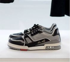 21c997f10805 MENS SNEAKERS    VIRGIL ABLOH S LOUIS VUITTON TENNIS SHOE. Louis Vuitton  Sneakers