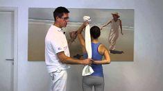 Anleitung zu Dehnungsübungen und Gymnastik bei Schulterschmerzen und Impingement-Syndrom der Schulter. Ein Anleitungsvideo zum Nachmachen des Schulter Zentru...