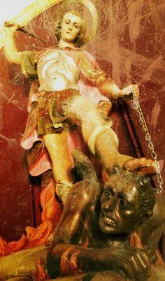 "signorformica: "" Ermita de Santa Ana, Caudete, Spain Bibliothèque Infernale on FB """