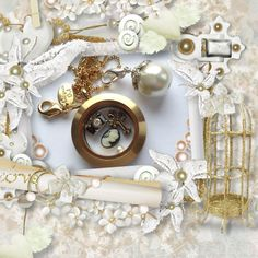 Origami owls brushed gold locket is so vintage looking! It's a hit! http://dreambig.origamiowl.com/